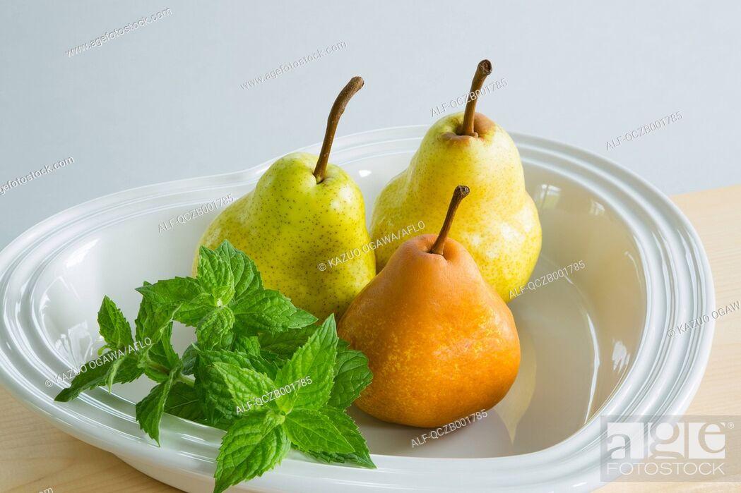 Photo de stock: Pears.