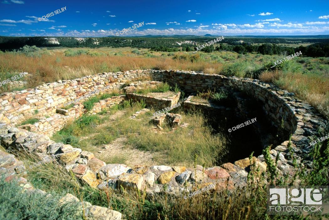 Stock Photo: Anasazi kiva ruins at A'ts'ina pueblo in El Morro National Monument, New Mexico, USA.
