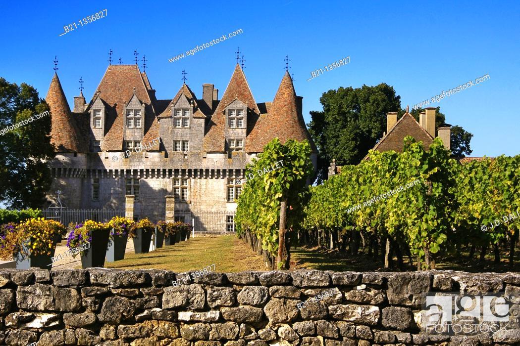 Stock Photo: Château de Monbazillac estate where the famed Monbazillac wine is produced, Dordogne, Aquitaine, France.