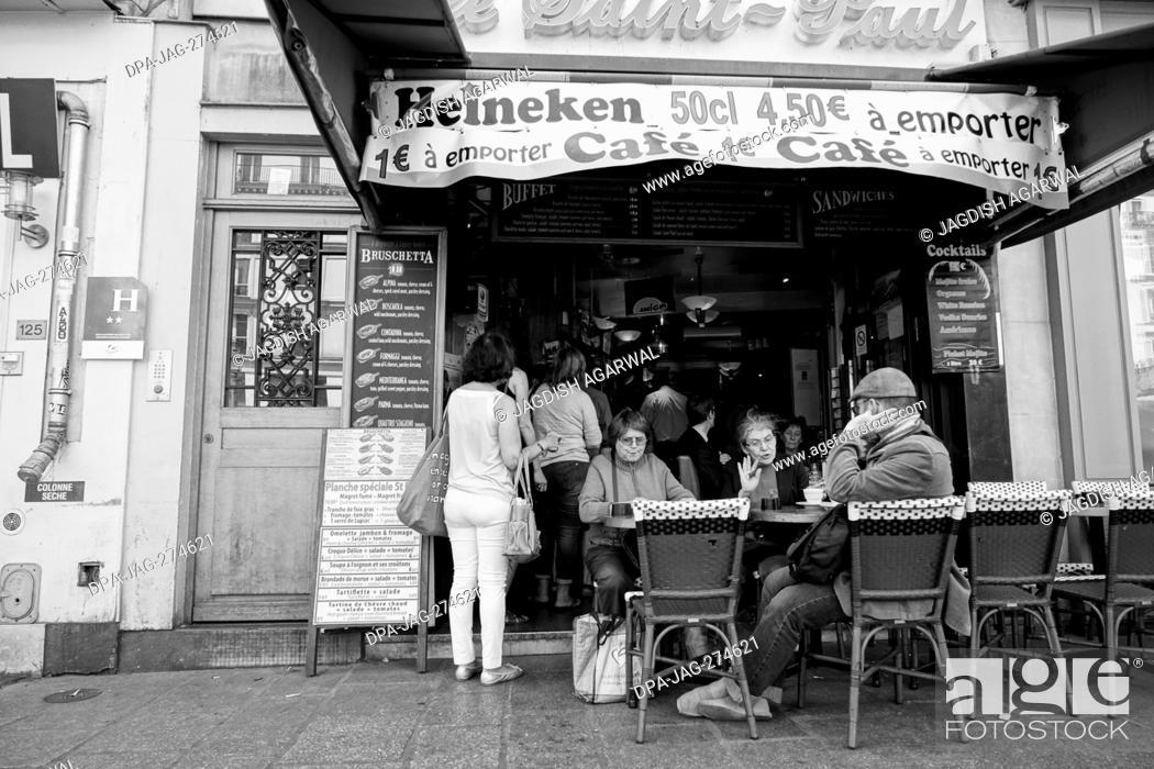 Stock Photo: Cafe on pavement, Rue Saint Antoine, Paris, France, Europe.