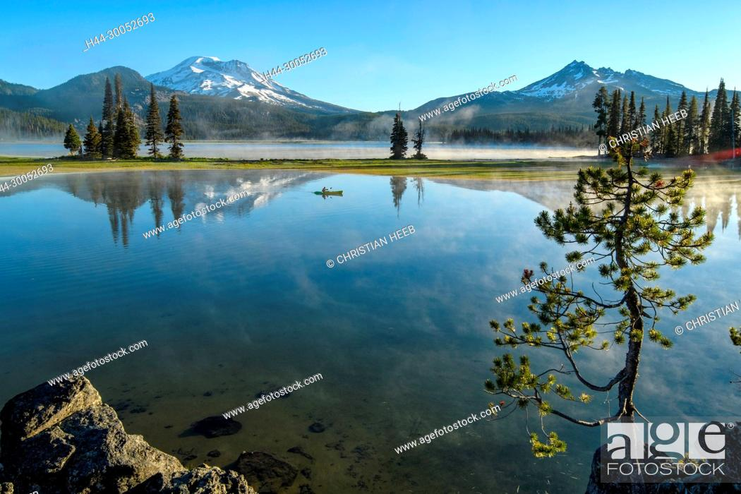 Stock Photo: North America, American, America, USA, Pacific Northwest, Oregon, Central Oregon, Bend, Deschutes National Forest, Sparks Lake.