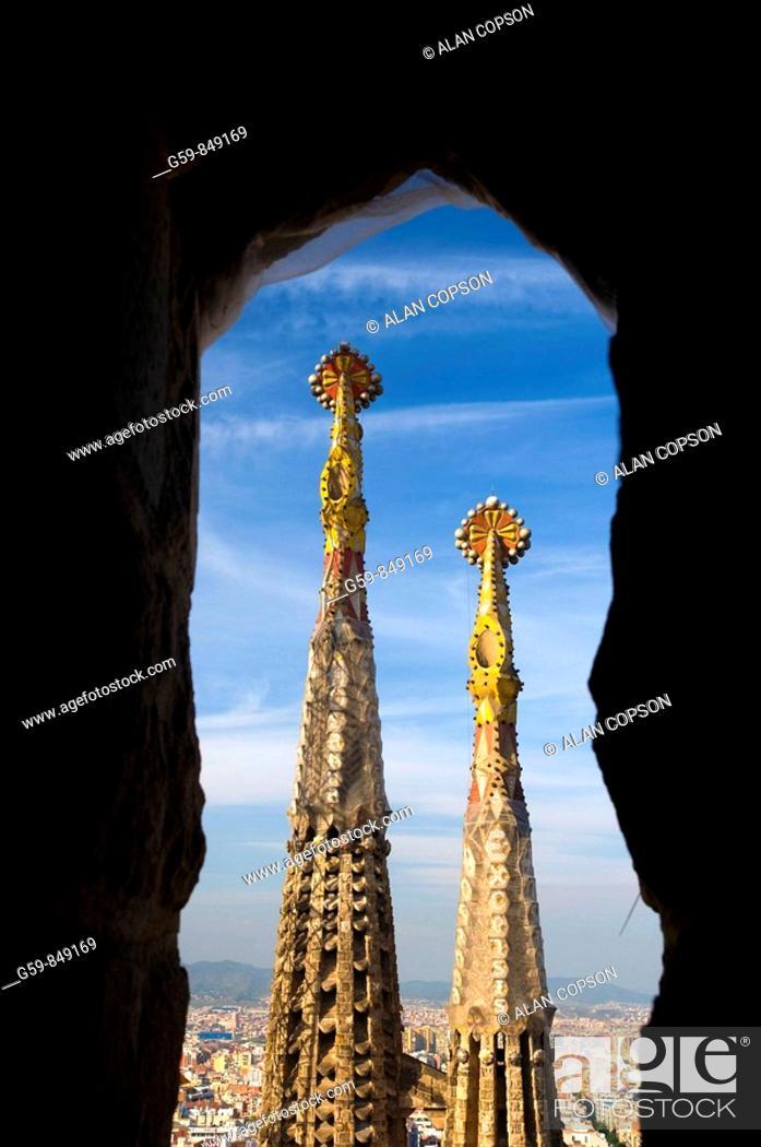 Stock Photo: Spain, Catalunia Catalunya, Barcelona, Temple Expiatori de la Sagrada Familia.
