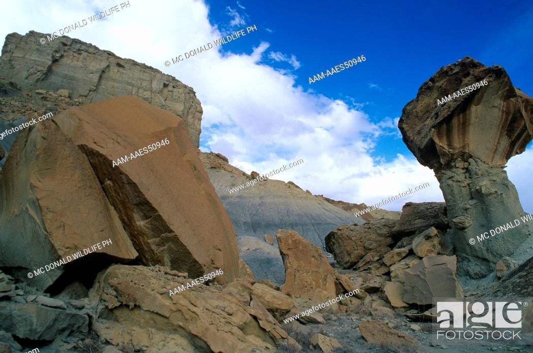 Stock Photo: Hanging Rock Moonscape aridity Glen Canyon NRA, AZ, Arizona.