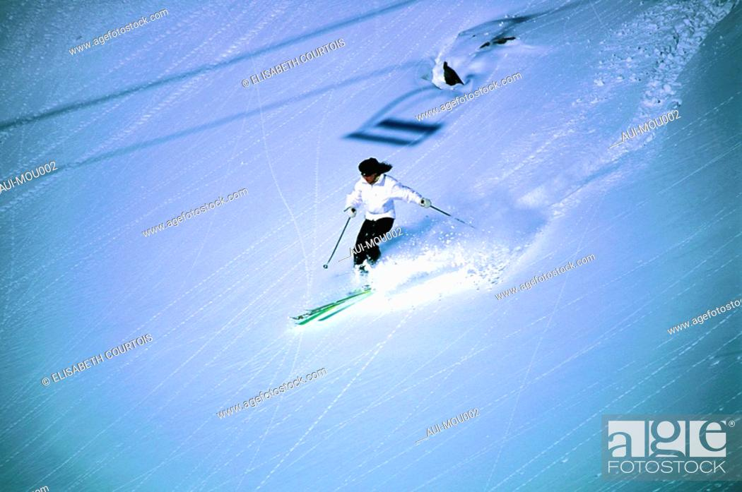Stock Photo: Mountain - Belleville Valley - Les Menuires - Winter - Skiing.