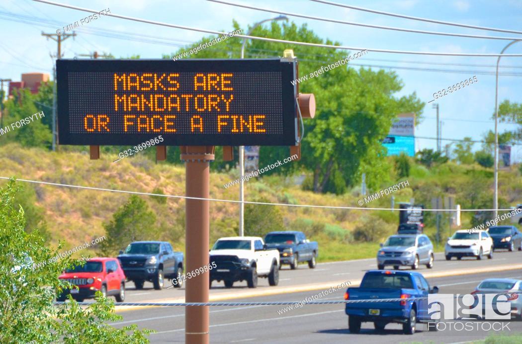 Imagen: mandatory masks in New Mexico.