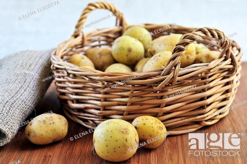 Stock Photo: Row potatoes.