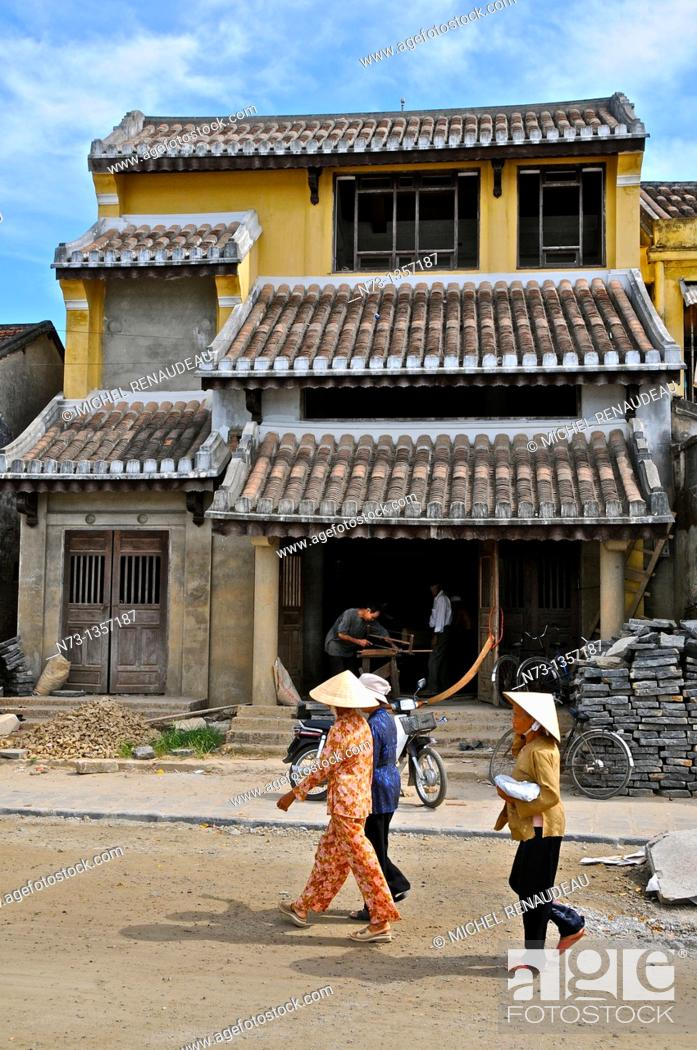Stock Photo: Vietnam, Quang Nam, Hoi An ancient town, declared World Heritage by UNESCO.