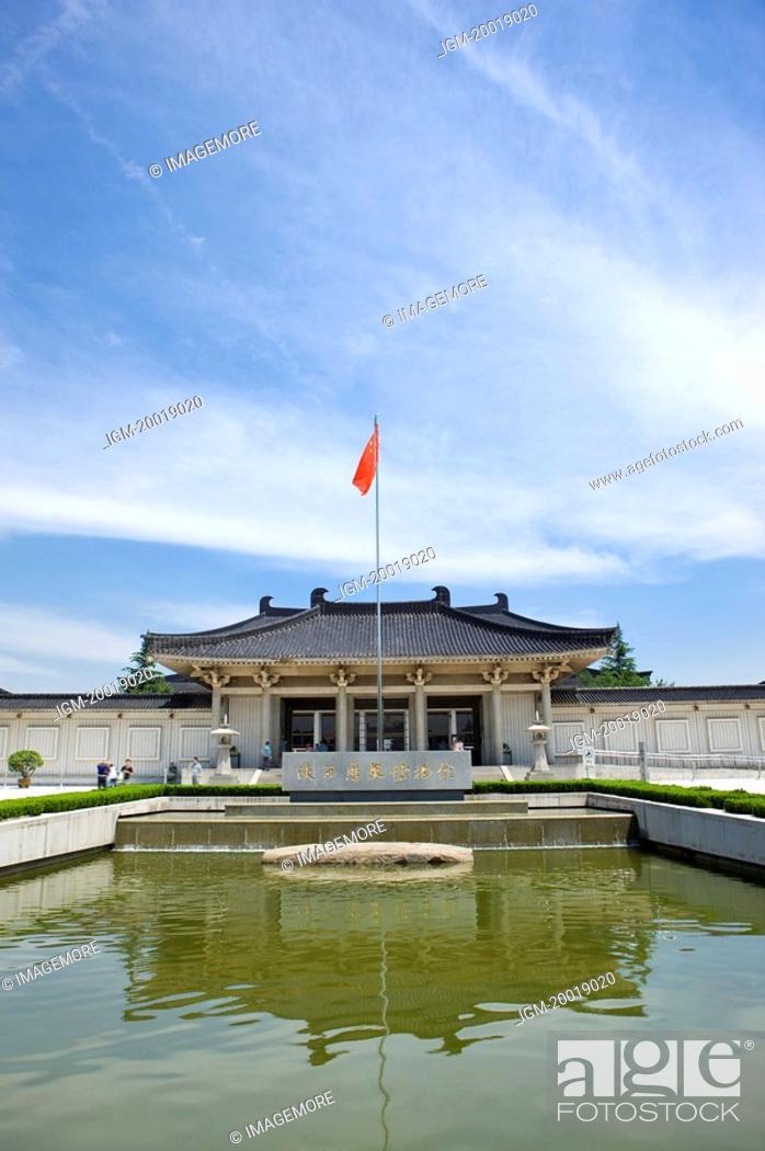 Stock Photo: Asia, China, Shanxi, Bao-ji City, Shaanxi History Museum.