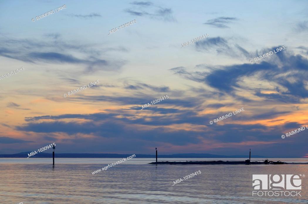 Photo de stock: Lake at sunset, Langenargen, Lake Constance, Baden-Württemberg, Germany.