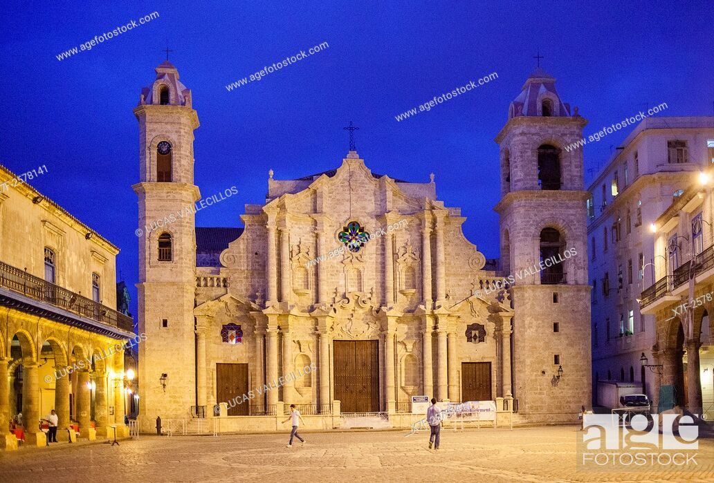 Stock Photo: Catedral de La Habana, San Cristobal Cathedral, Plaza de la Catedral, Old Havana, Habana Vieja, La Habana, Cuba.