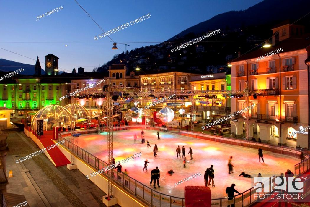 Stock Photo: Locarno, TI, Christmas, ice, arrangement, winter sports, canton Ticino, Switzerland, evening, ice, surface, skating, figure skating, lights, skating, ice rink.