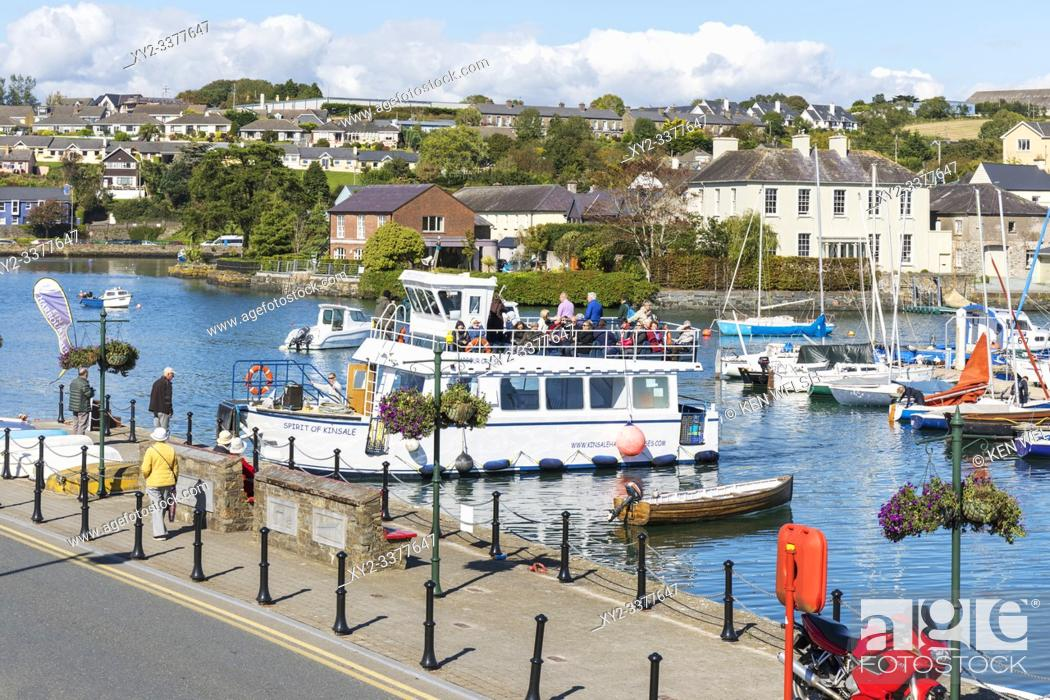Photo de stock: Spirit of Kinsale tour boat docking in harbour, Kinsale, County Cork, Ireland.
