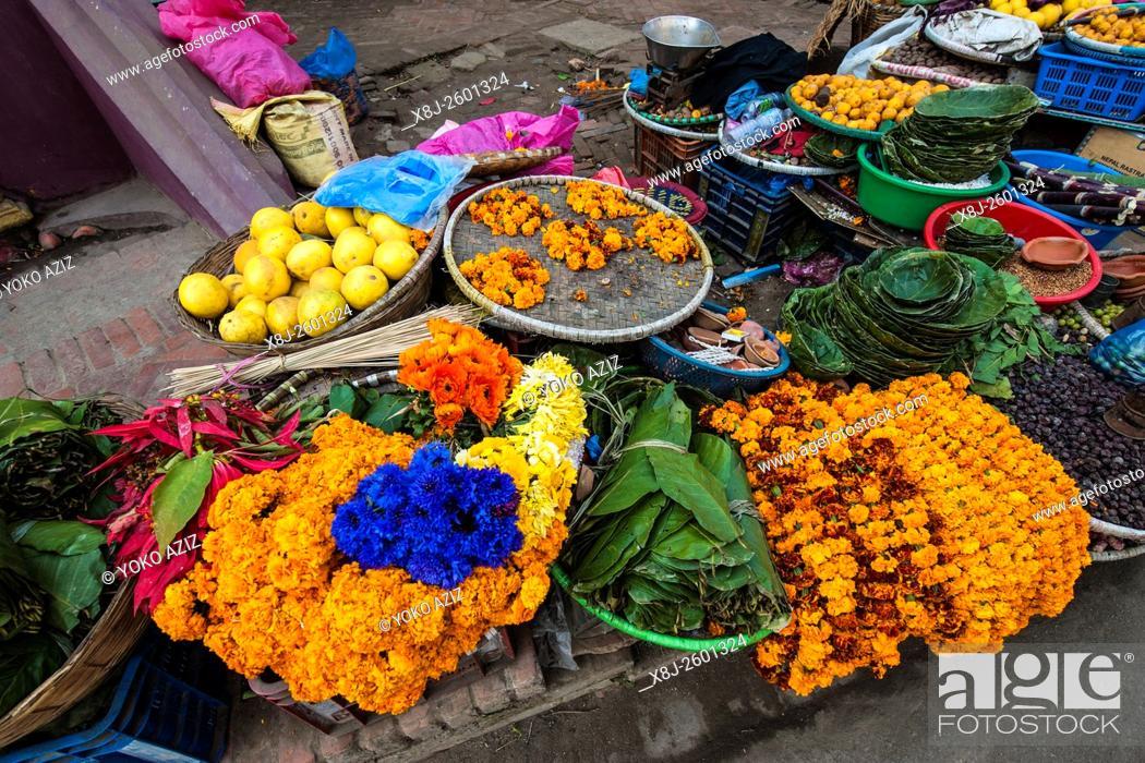 Stock Photo: Nepal, Patan, market.