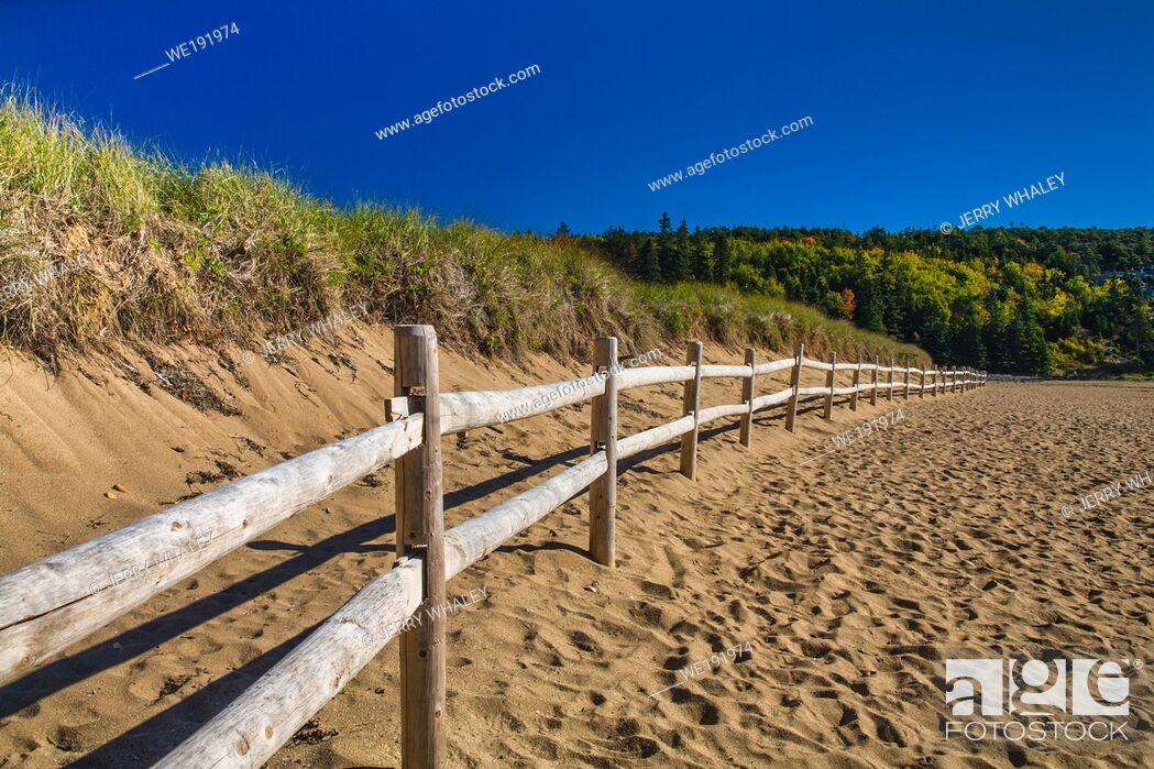 Stock Photo: Sand Beach in Acadia National Park, Maine, USA.