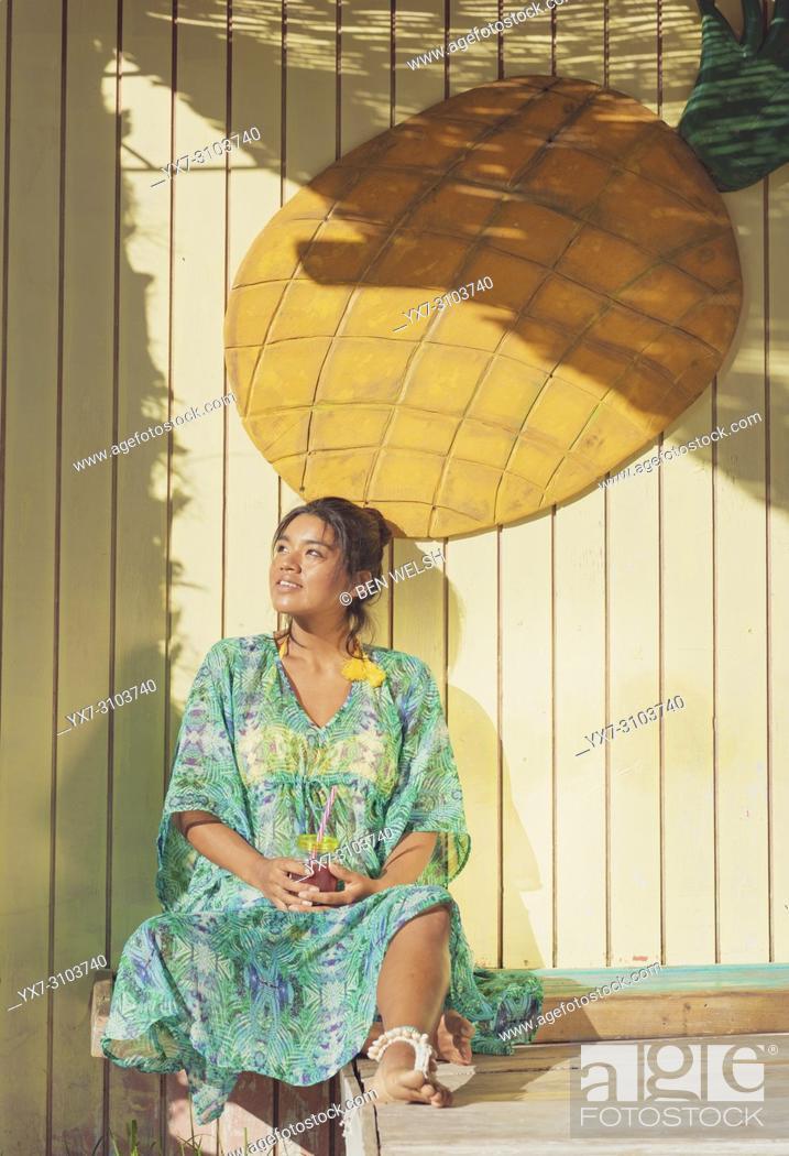 Imagen: Exotic woman. Tarifa, Costa de la Luz, Cadiz, Andalusia, Spain.