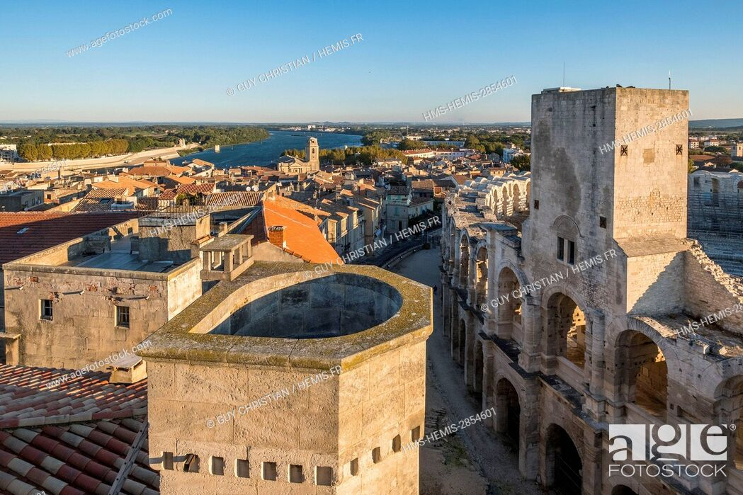 Stock Photo: France, Bouches du Rhone, Arles, the Arenas, Roman Amphitheatre of 80-90 AD, listed as World Heritage by UNESCO.