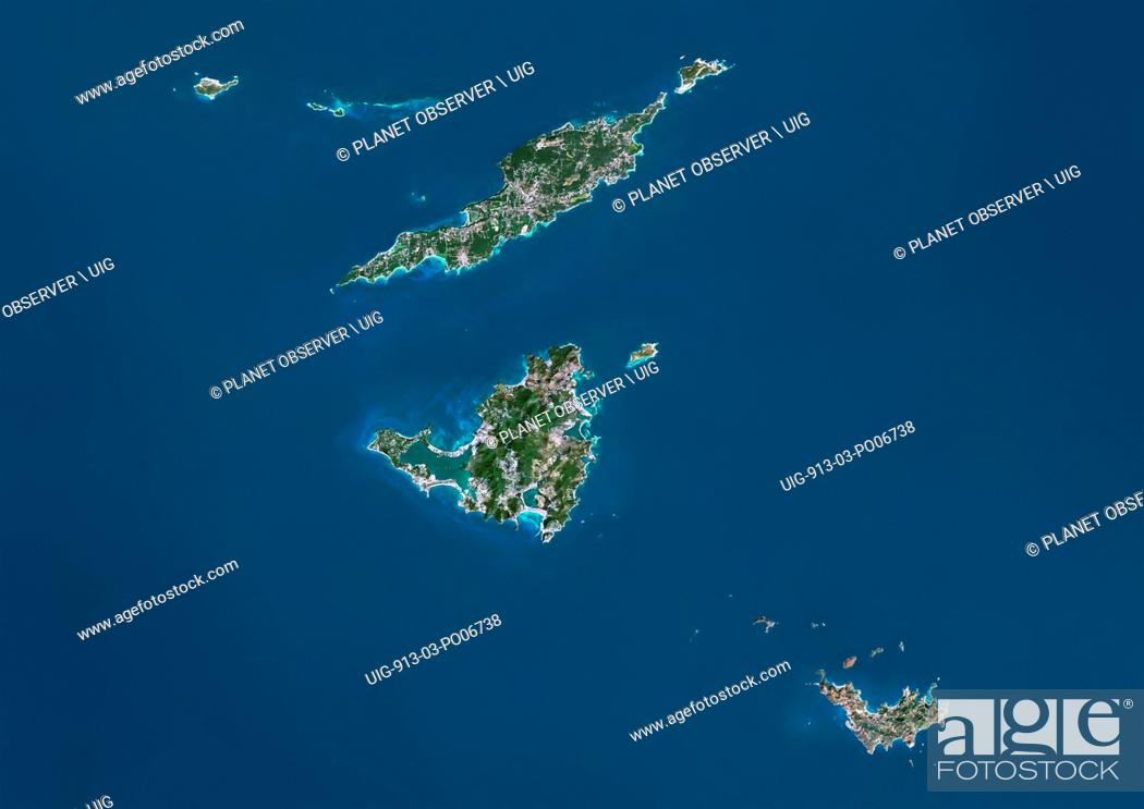 Imagen: Satellite view of Anguilla, Saint-Martin and Saint-Barthelemy islands. At north is Anguilla, a British overseas territory.