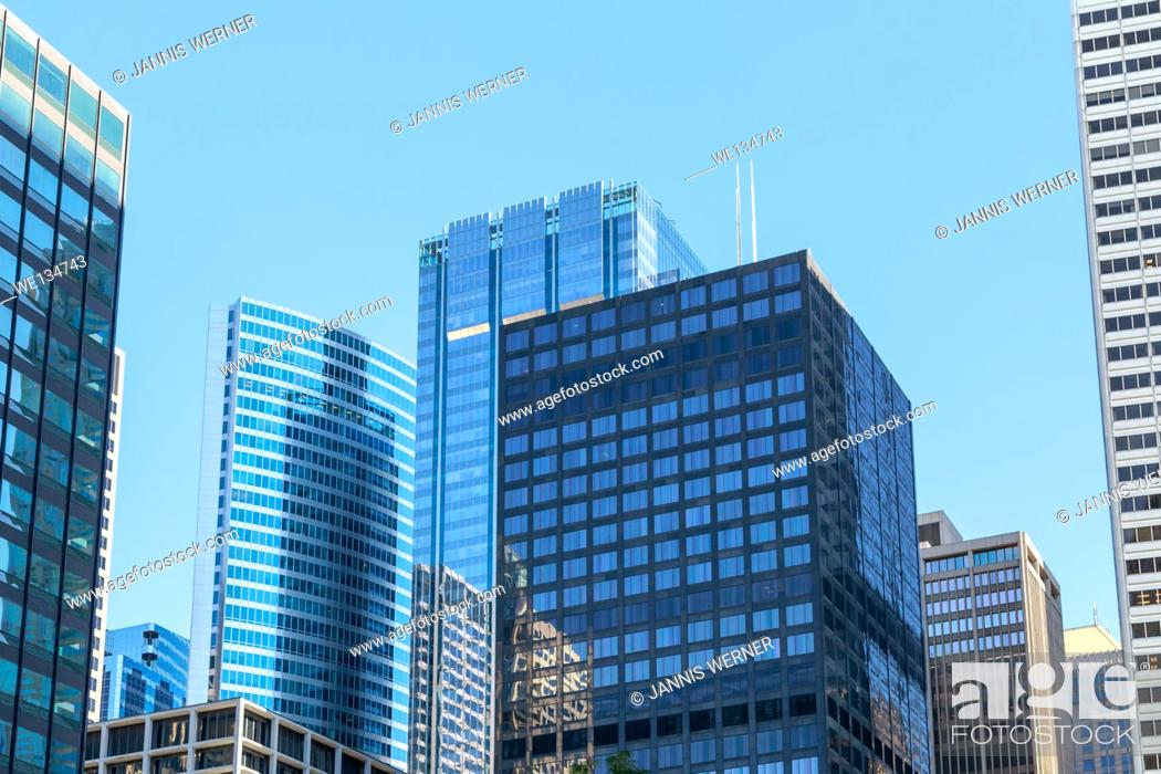 Stock Photo: Skyscrapers dominating the cityscape in downtown Chicago, IL, USA.