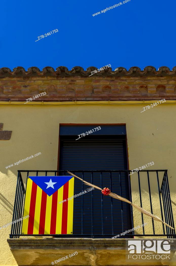 Stock Photo: Down view of Catalonia independence vindication in a balcony of Sentiu of Sio, Lerida province, Spain.