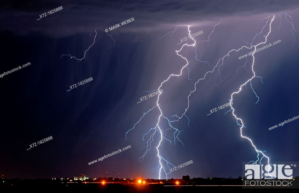 Stock Photo: Twin Falls, Summer Lightning Storm over the city of Jerome in southern Idaho.