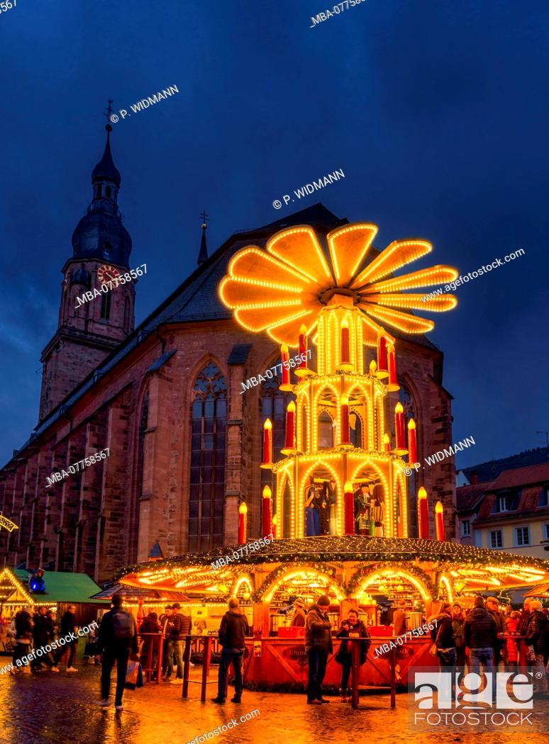 Stock Photo: Christmas market on Market Square in Heidelberg, Baden-Wuerttemberg, Germany, Europe.