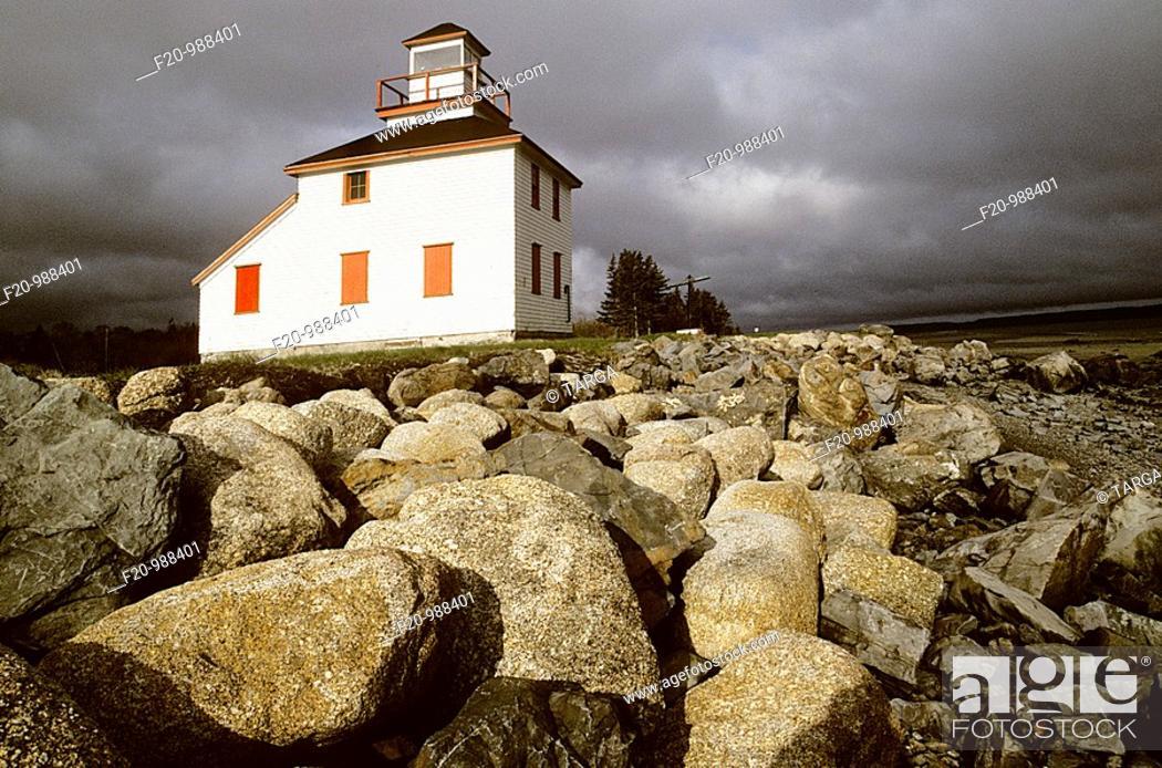 Stock Photo: Canada, Newfoundland, lighthouse.