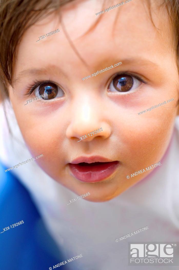 Stock Photo: Female child looking upwards.
