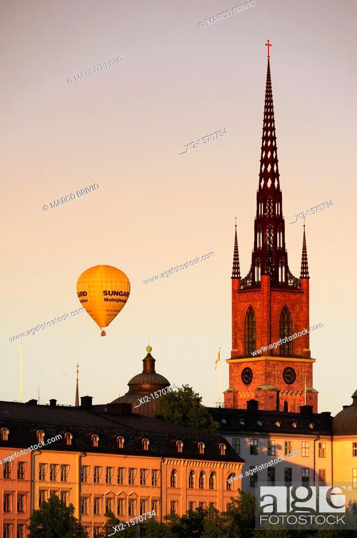 Stock Photo: Gamla Stan old city at dusk, Stockholm, Sweden.