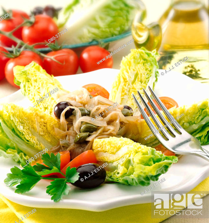 Stock Photo: Hearts of lettuce with spring onions and capers.
