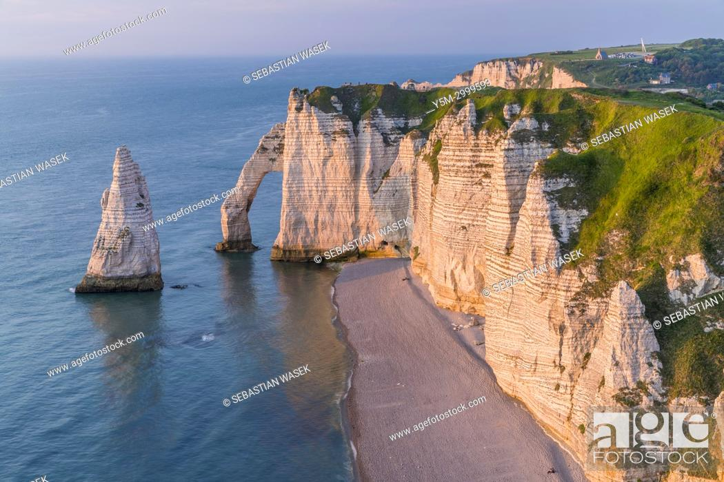 Falaise D Aval With Porte D Aval And Aiguille D Etretat Seen From