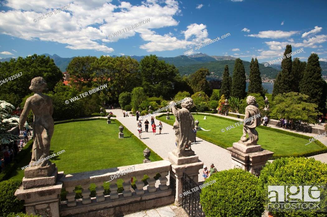 Stock Photo: Italy, Piedmont, Lake Maggiore, Stresa, Borromean Islands, Isola Bella, Palazzo Borromeo terraced gardens.