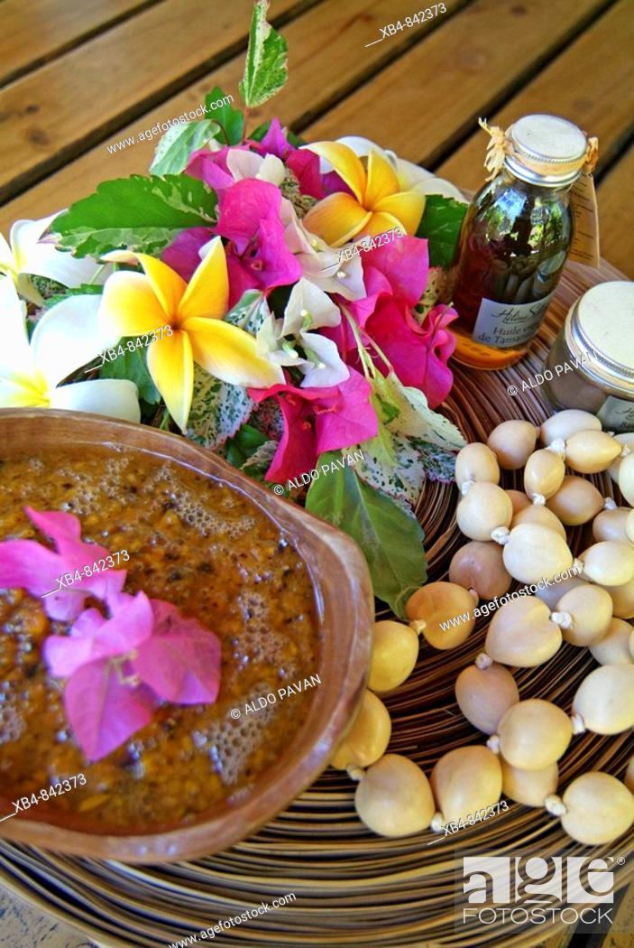 Stock Photo: Helene Spa, Moorea island, Polynesia.