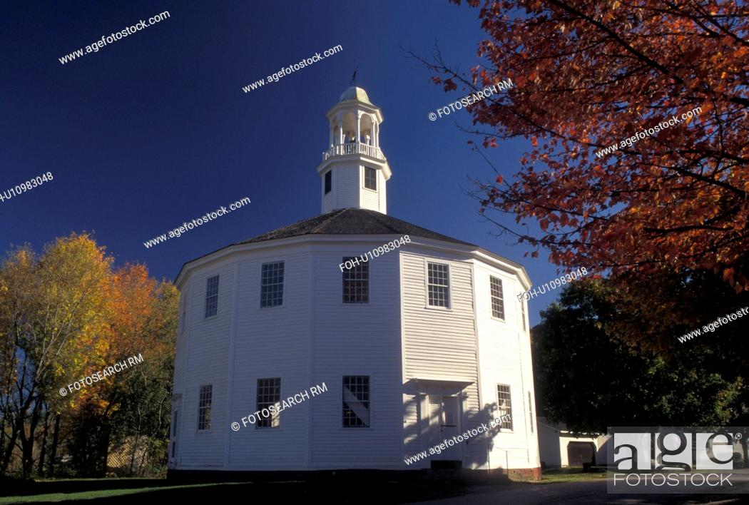 Church Fall Vermont The Old Round Church A 16 Sided Polygon
