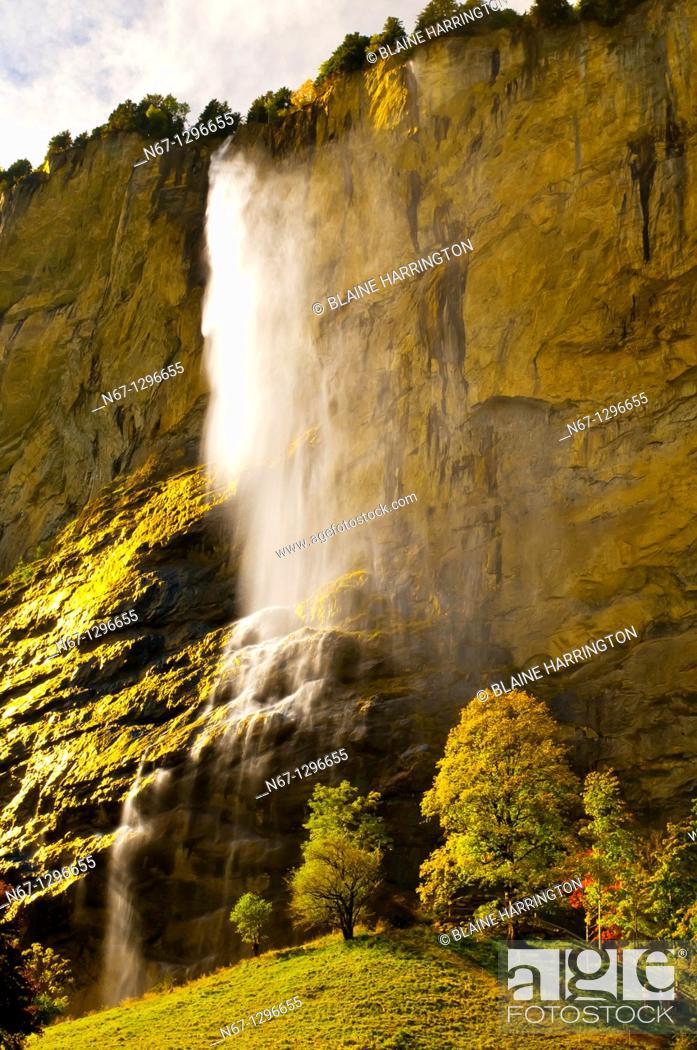 Stock Photo: Staubbach Waterfalls in the Lauterbrunnen Valley, Canton Bern, Switzerland.