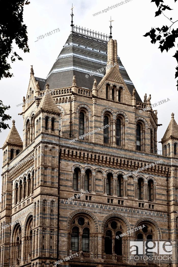 Stock Photo: Europe, england, london, natural history museum.