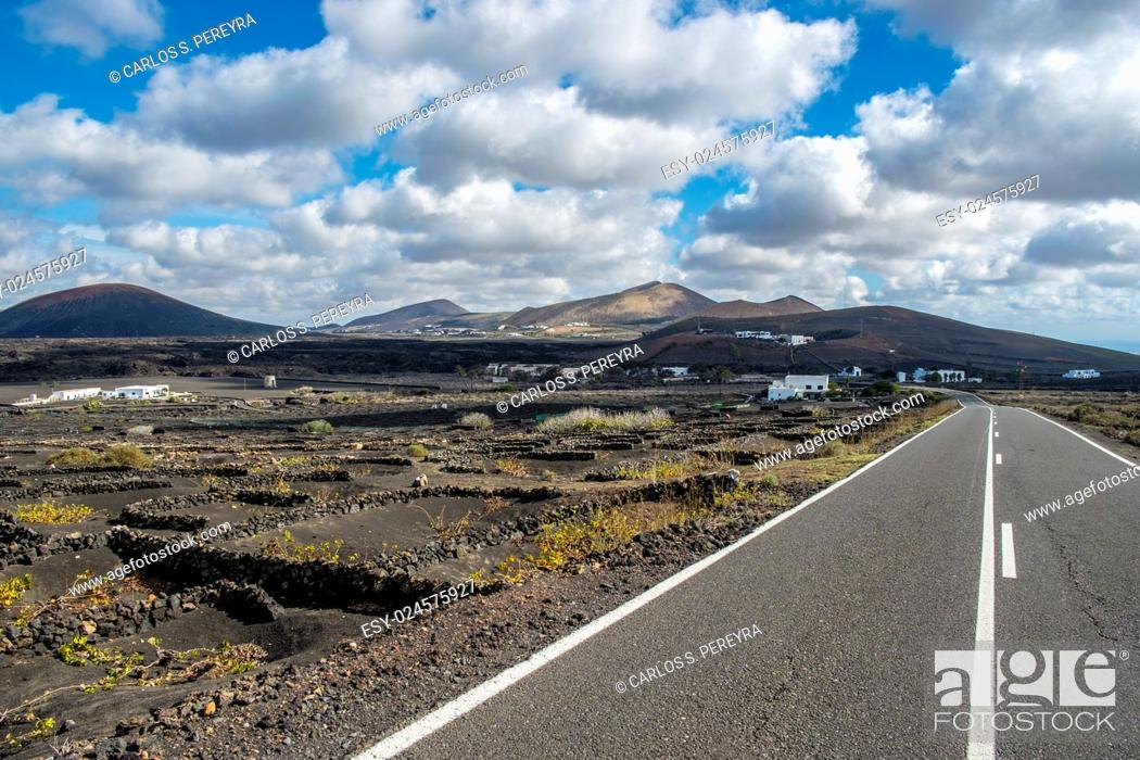 Stock Photo: Road in the region of the Geria in Lanzarote, Canary Islands, Spain.