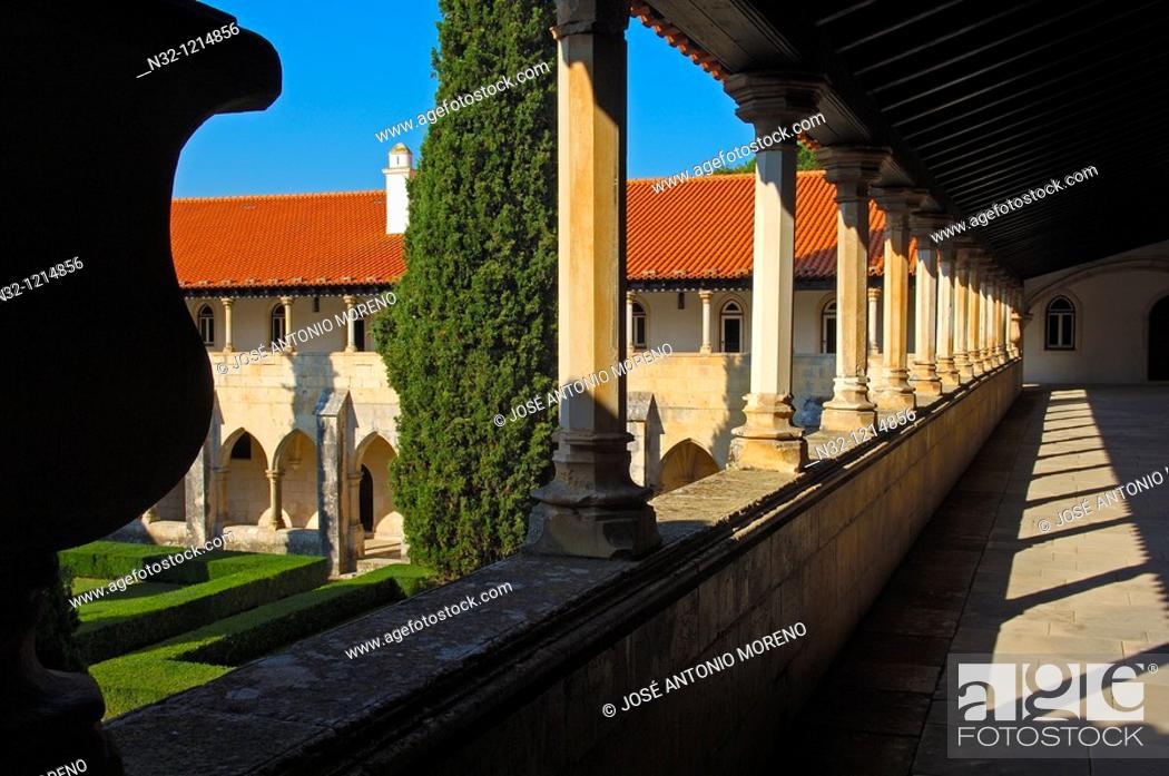 Stock Photo: Batalha  Cloister at Monastery of Santa Maria da Vitoria  Batalha Monastery  UNESCO  World Heritage  Leiria district  Estremadura  Portugal.