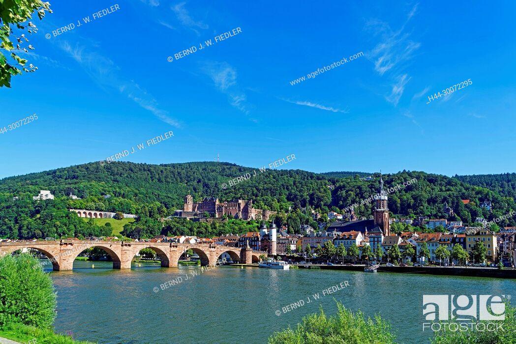 Stock Photo: Heidelberg, Fluss, Neckar, Karl-Theodor-Brücke (Alte Brücke), Brückentor, Schloss.