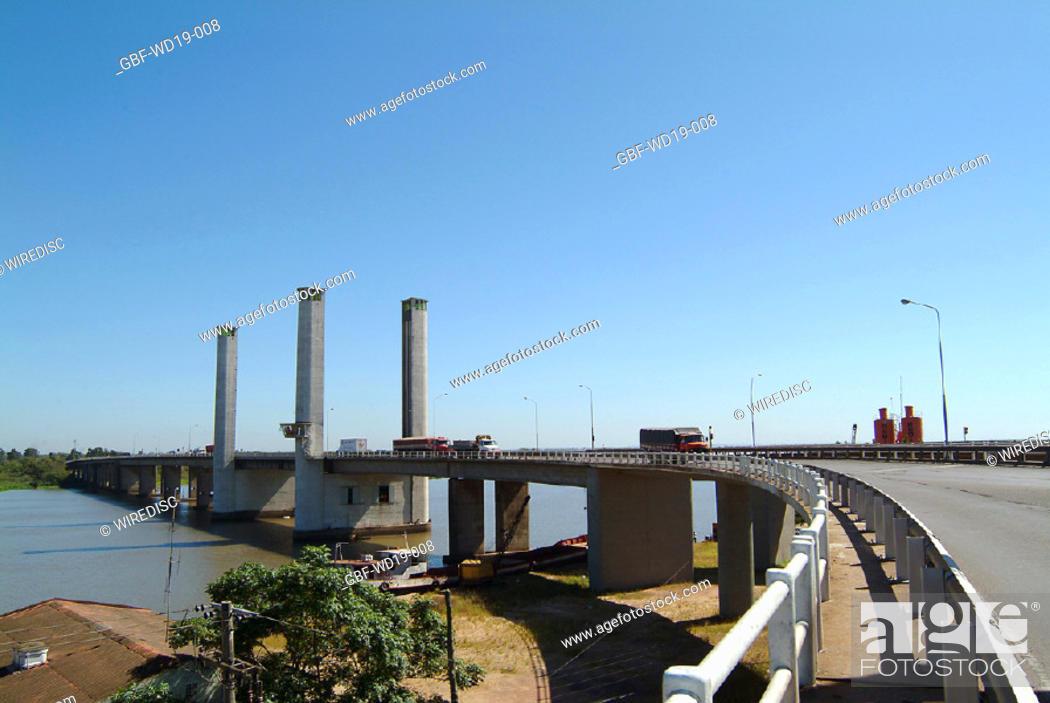 Stock Photo: Bridge, Rio Guaiba, Rio Grande do Sul, Brazil.