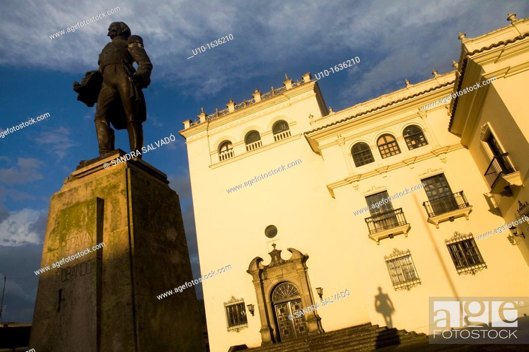 Stock Photo: Palacio Nacional and Statue of General Jose Maria Obando at Popayán, Colombia, South America.