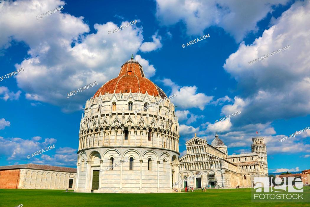 Stock Photo: Pisa Baptistery of St John, Pisa Cathedral and the Leaning Tower of Pisa bell tower, Piazza dei Miracoli, Pisa, Italy.