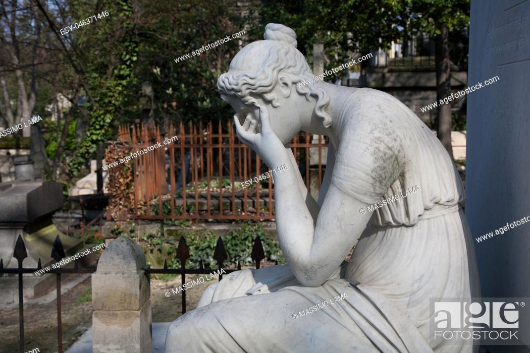Stock Photo: Cemetery Pere-Lachaise, Paris, France.