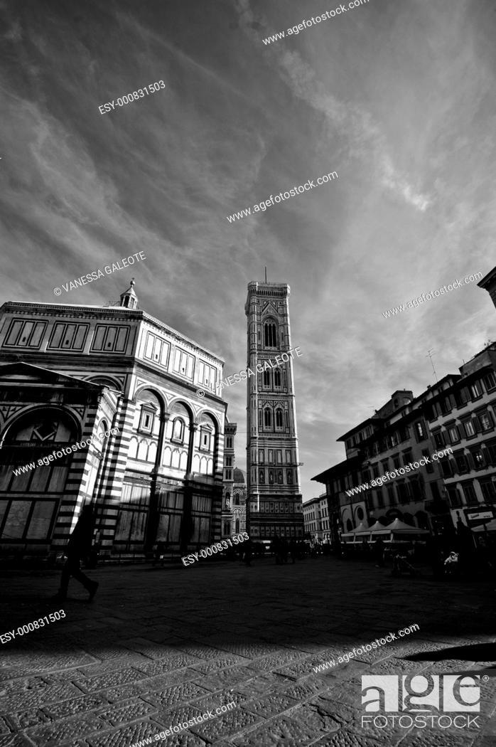 Stock Photo: Duomo Santa Maria Del Fiore . Florence, Italy.
