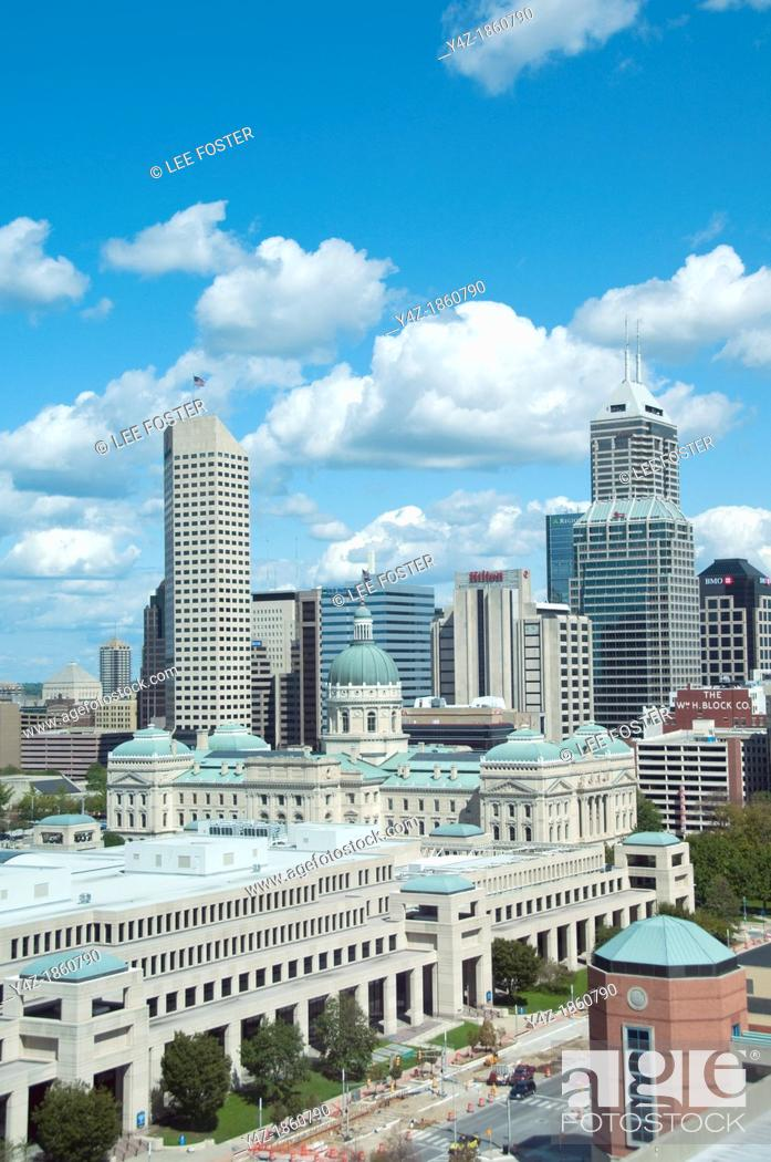 Stock Photo: USA, Indiana, Indianapolis skyline.