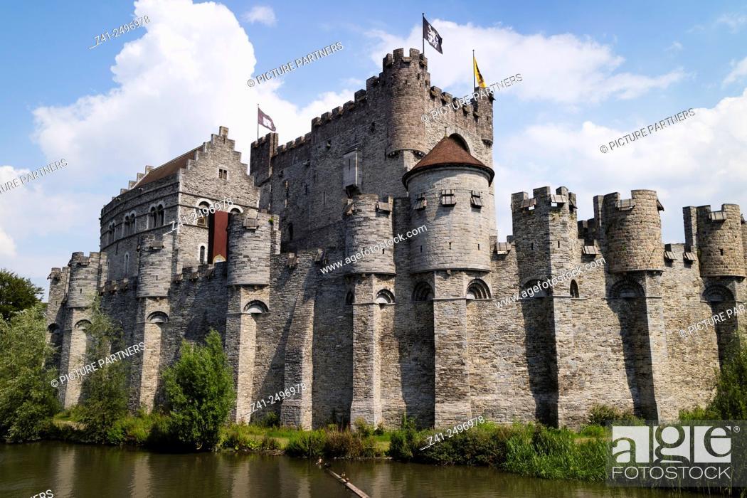 Photo de stock: Gravensteen castle in Ghend, Belgium.