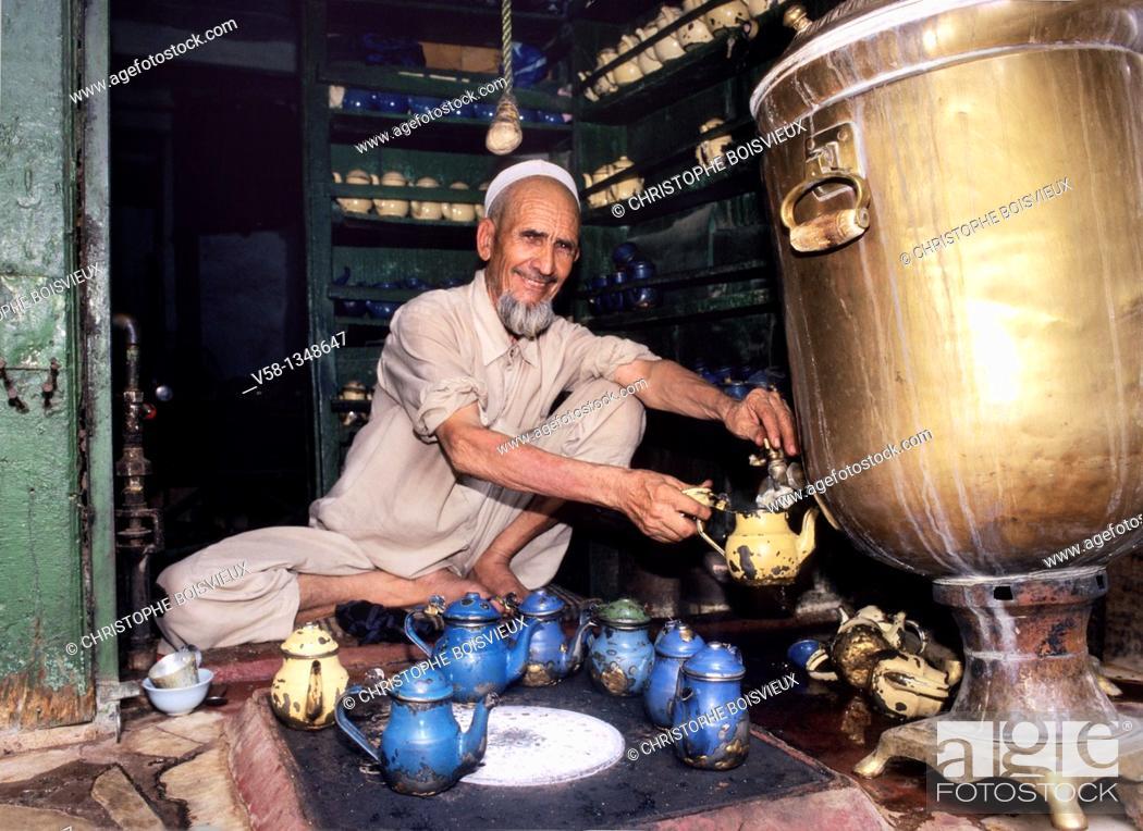 Stock Photo: Pakistan, Peshawar, The Bazar, Tea Shop.