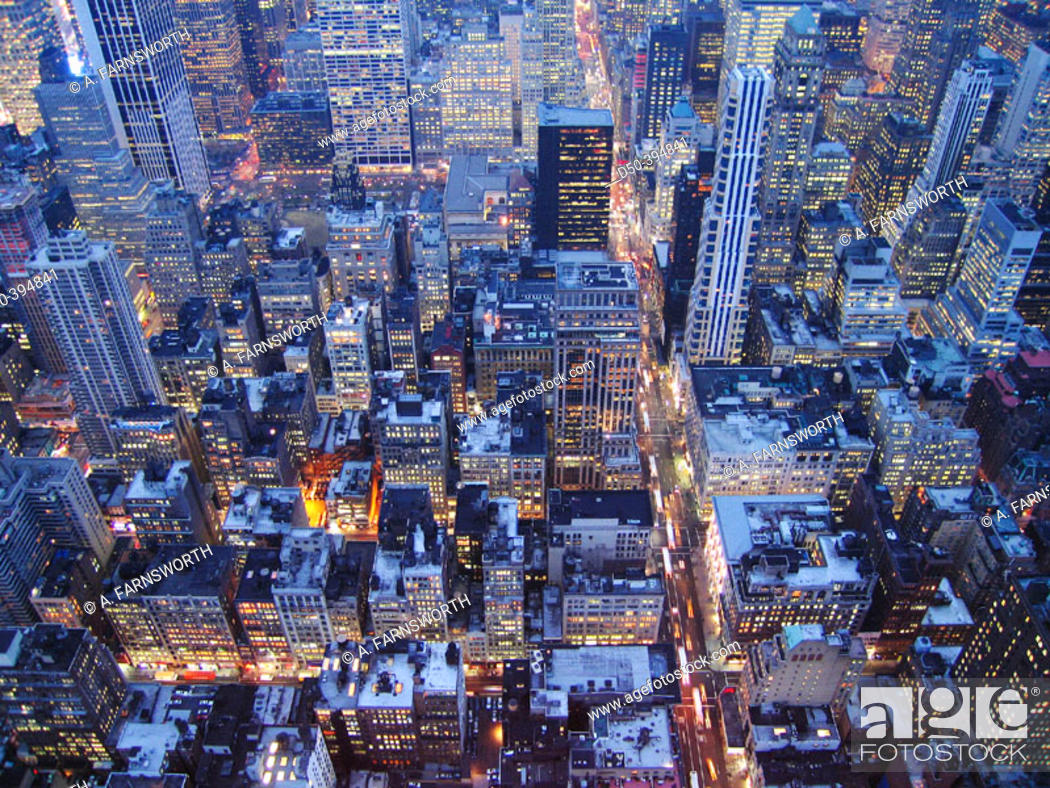 Stock Photo: Manhattan in the twilight. New York city. USA.