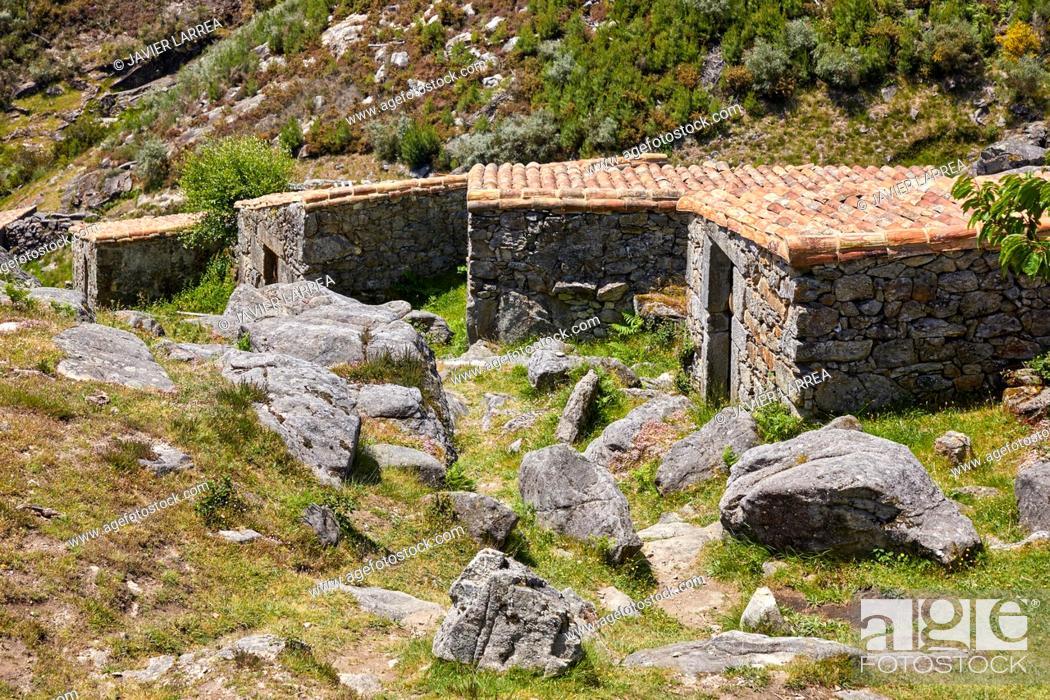 Imagen: Muíños do Folón e do Picón, Picón and Folón mills, O Rosal, Pontevedra, Galicia, Spain.