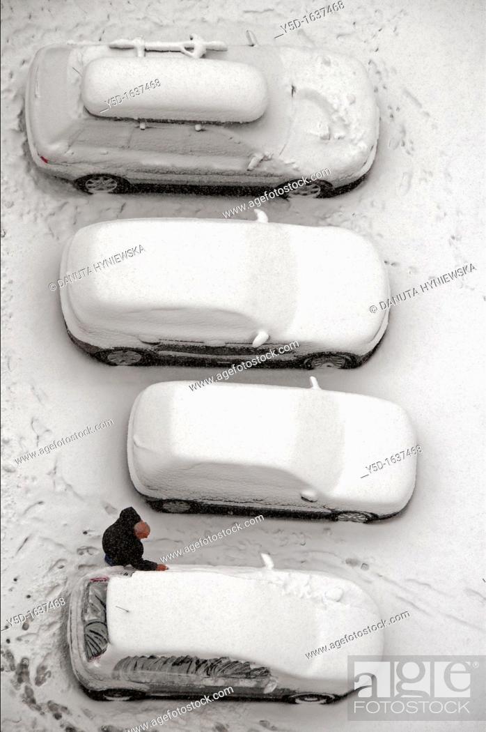 Stock Photo: wintertime in the town, here Geneva, Switzerland.