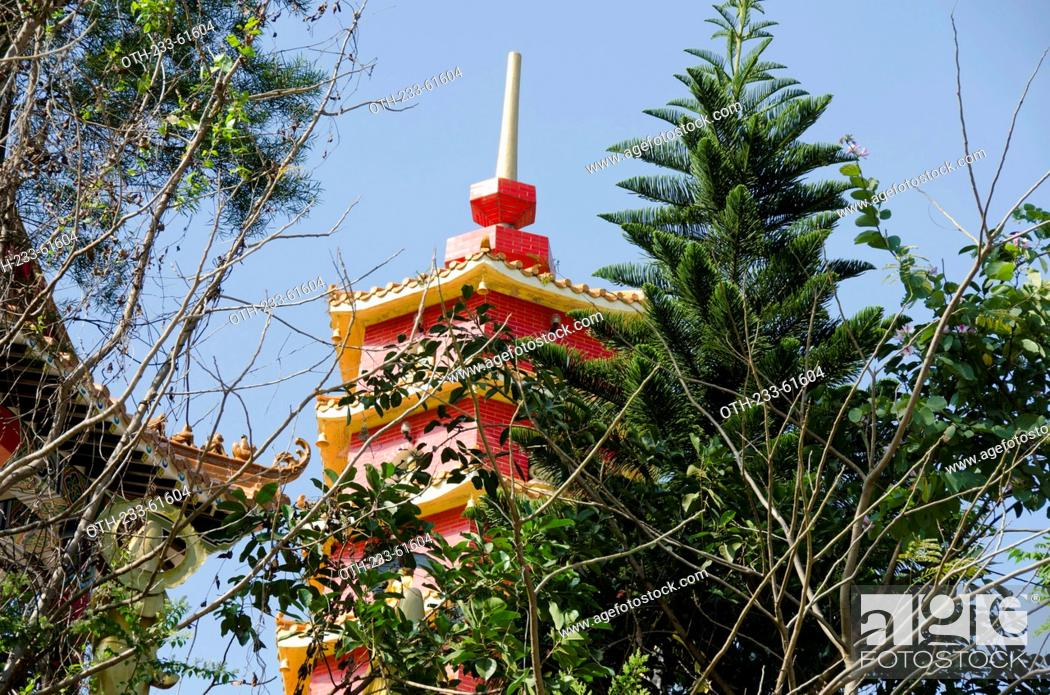 Stock Photo: Pagoda of Ten Thousand Buddha Temple, Shatin, Hong Kong.